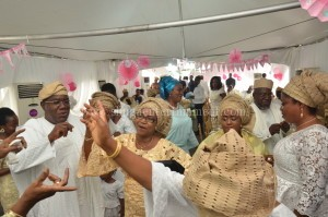 Celebrating mood for the Durosinmi- Etti as they danced to Shuga music